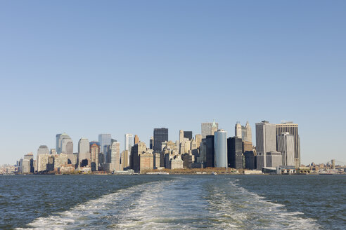 USA, New York State, New York City, View of Lower Manhattan with Hudson river - RUEF001027
