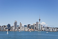 New Zealand, Auckland, View of city - GW002191