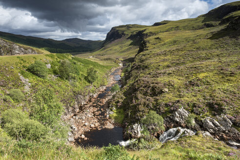 United Kingdom, Scotland, View of Dundonell river at Northern Highlands - ELF000187