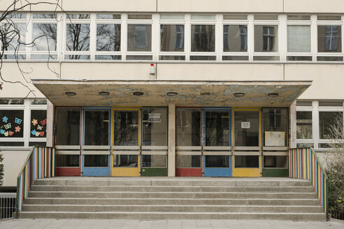 Germany, Berlin, Entrance of school - FBF000064