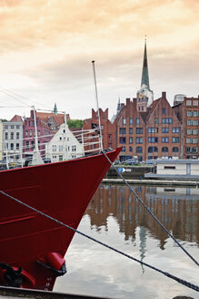 Germany, Lubeck, View of Old harbour and classic houses - MS002927