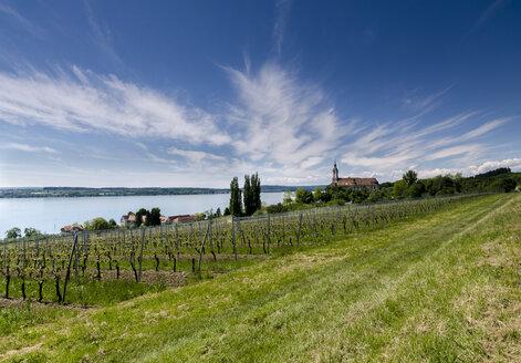 Germany, View of church near lake Kontanz - MBO000013