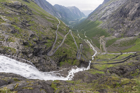 Norway, View of Trolls' Ladder - HWO000035