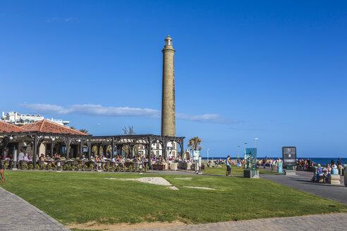 Spain, View of lighthouse at Maspalomas - MAB000103
