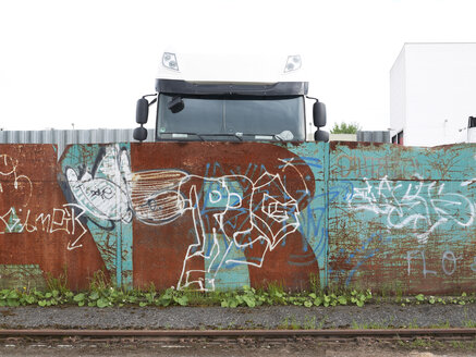 Germany, Offenbach, Walls with graffiti - BSC000294