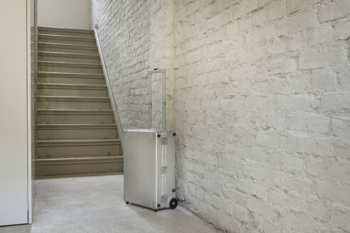 Luggage near staircase - FMKYF000281