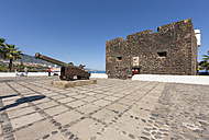 Spain, Puerto de la Cruz, View of Castillo San Felipe fort - AM000511