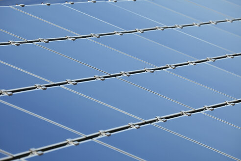 Germany, Bavaria, Solar panels, close up - RDF001047