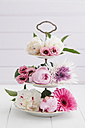 Summer flowers arranged on cake stand - ECF000217