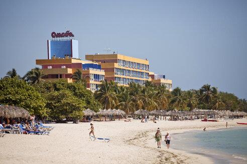 Cuba, People at Playa Ancon Beach - PC000006