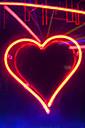 Neon heart sign - SKF001498