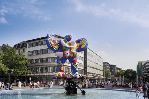 Germany, Norh Rhine Westphalia, Duisburg, View of Fountain Lifesaver - CS019740