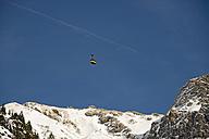 Germany, Bavaria, Allgaeu Alps, Oberstdorf, Cable car on the way to Mount Nebelhorn - WG000054