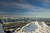 Germany, Bavaria, Allgaeu, Allgaeu Alps, panorama view from Nebelhorn to Rubihorn and Illertal with village Fischen - WGF000032