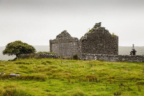 Ireland, View of cemetery - SR000326