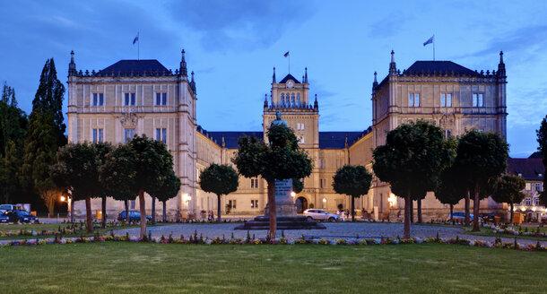 Germany, Bavaria, Coburg, View of Ehrenburg Palace and park - AMF000779