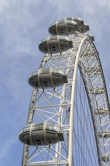 United Kingdom, London, View of London Eye Ferris wheel - EL000395