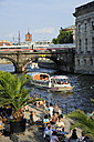Germany, Berlin, outdoor cafe at River Spree - MIZ000374