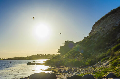 Germany, Mecklenburg-Vorpommern, View of beach at sunrise - MJ000338