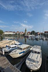 Germany, Bavaria, Lindau, View of parking boats in harbor - EL000367
