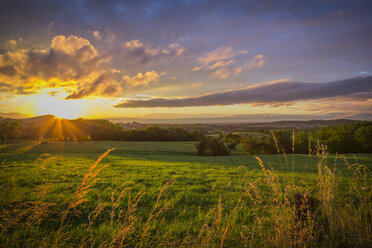 Germany, North Rhine Westphalia, Bad Honnef, sunset of  siebengebirge - CPF000020