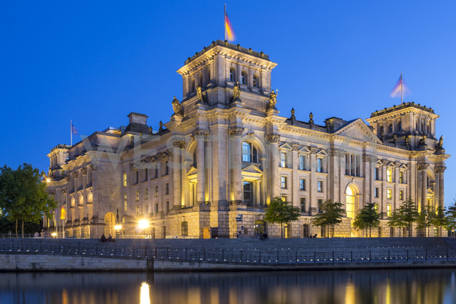 Germany, Berlin, View of Reichstag parliament building at dusk - NKF000018