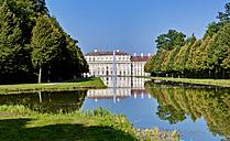 Germany, Bavaria, Munich, View of New Palace Schleissheim - AM000880