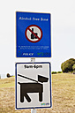 New Zealand, View of sign board - GW002365
