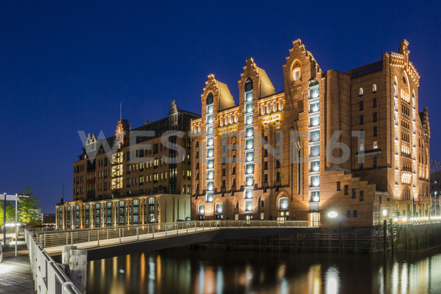 Germany, Hamburg, View of Maritimes Museum - NKF000028 - Stefan Kunert/Westend61