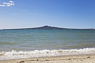 New Zealand, Auckland, View of Rangitoto Island - GWF002379