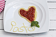 Germany, Bavaria, Heart formed with spaghetti and tomato sauce - SARF000104