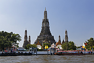Thailand, Bangkok, View of Wat Arun - GF000236