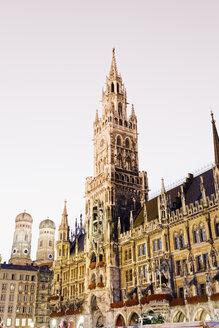 Germany, Bavaria, Munich, New Town Hall at Marienplatz - MSF002992