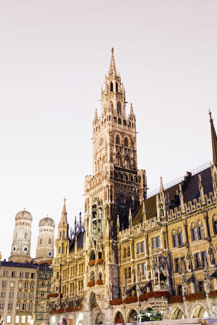 Germany, Bavaria, Munich, New Town Hall at Marienplatz - MSF002992 - Mel Stuart/Westend61