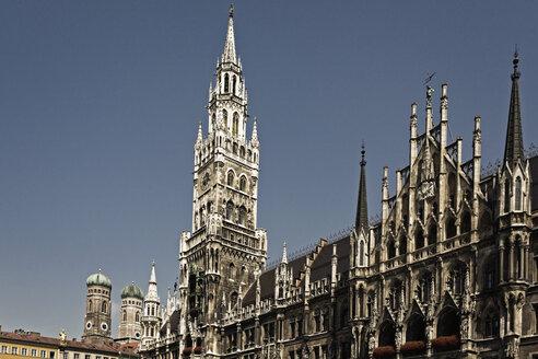 Germany, Bavaria, Munich, New Town Hall at Marienplatz - MSF003008