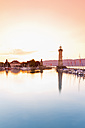 Germany, Bavaria, View of lighthouse at Lindau - MS003006