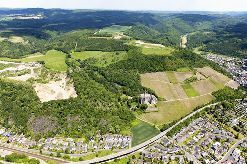 Germany, Rhineland-Palatinate, Bad Hoenningen, View of Castle Arenfels, aerial photo - CSF019950