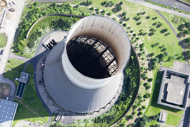 Germany, Rhineland-Palatinate, Muelheim-Kaerlich, View of the cooling tower of a disused nuclear power plant, aerial photo - CS019999