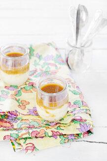 Semolina porridge with mirabelle puree in glasses - CZF000089