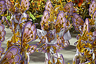 Brasil, Rio de Janeiro, Carnival, Samba school Unidos da Tijuca performing in costumes - FLK000015
