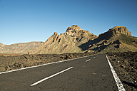 Spain, Canary Islands, Tenerife, Teide National Park, road, in the background Montana de Chasna - WGF000030