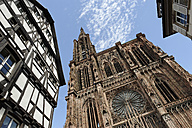 France, Bas-Rhin, Strasbourg, Strasbourg Cathedral, view of west facade - LB000274