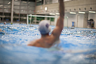 Water polo player in water - SEF000071