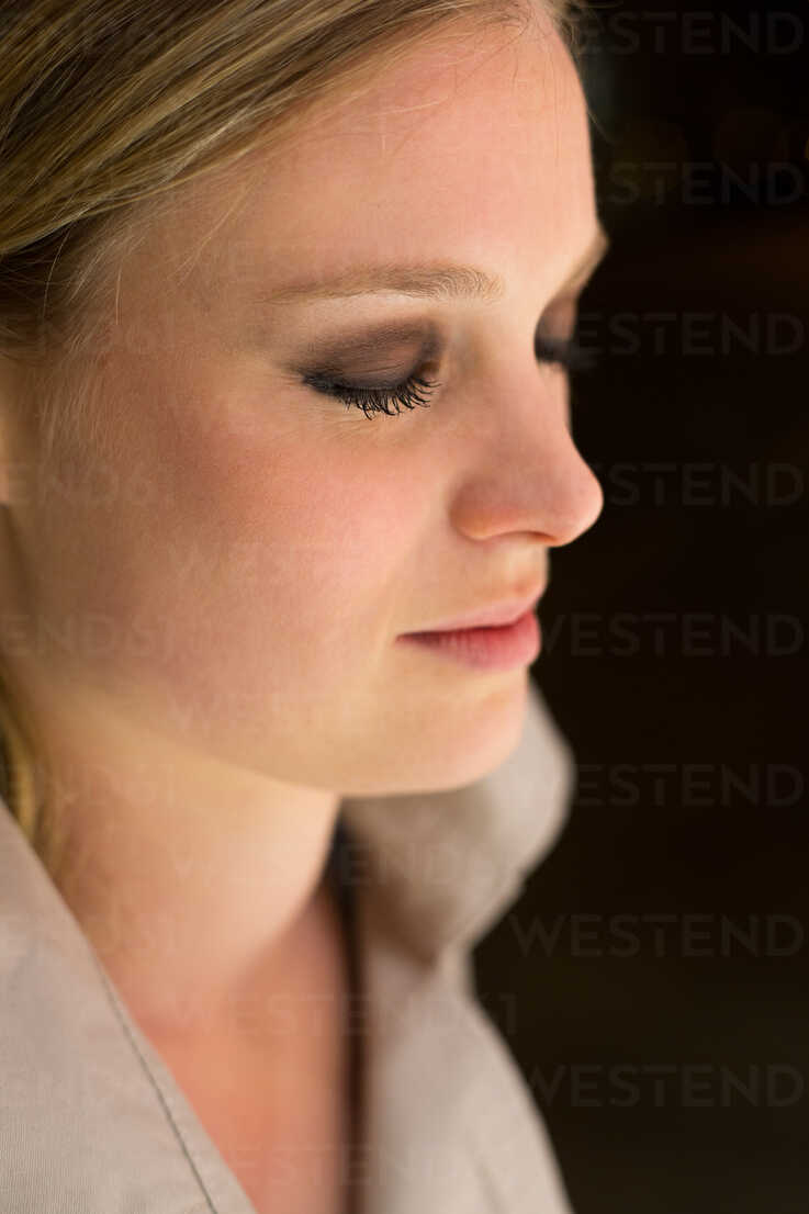 Blond woman, eyes closed - NG000038 - Nadine Ginzel/Westend61