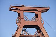 Germany, North Rhine-Westphalia, Essen, Zollverein Coal Mine Industrial Complex, headframe - WI000108