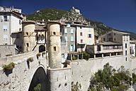 France, Alpes-de-Haute-Provence, Porte Royale in Entrevaux - DHL000094