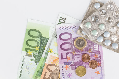 Tablets, Euro notes and coins - DRF000232