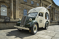 Great Britain, England, York, oldtimer, Ice cream van, old town - EL000506
