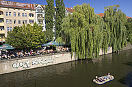 Germany, Berlin, Berlin-Kreuzberg, Landwehrkanal and Paul-Licke-Ufer - ALE000082