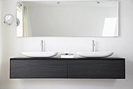 Germany, Cologne, Bathroom sinks - PDF000571